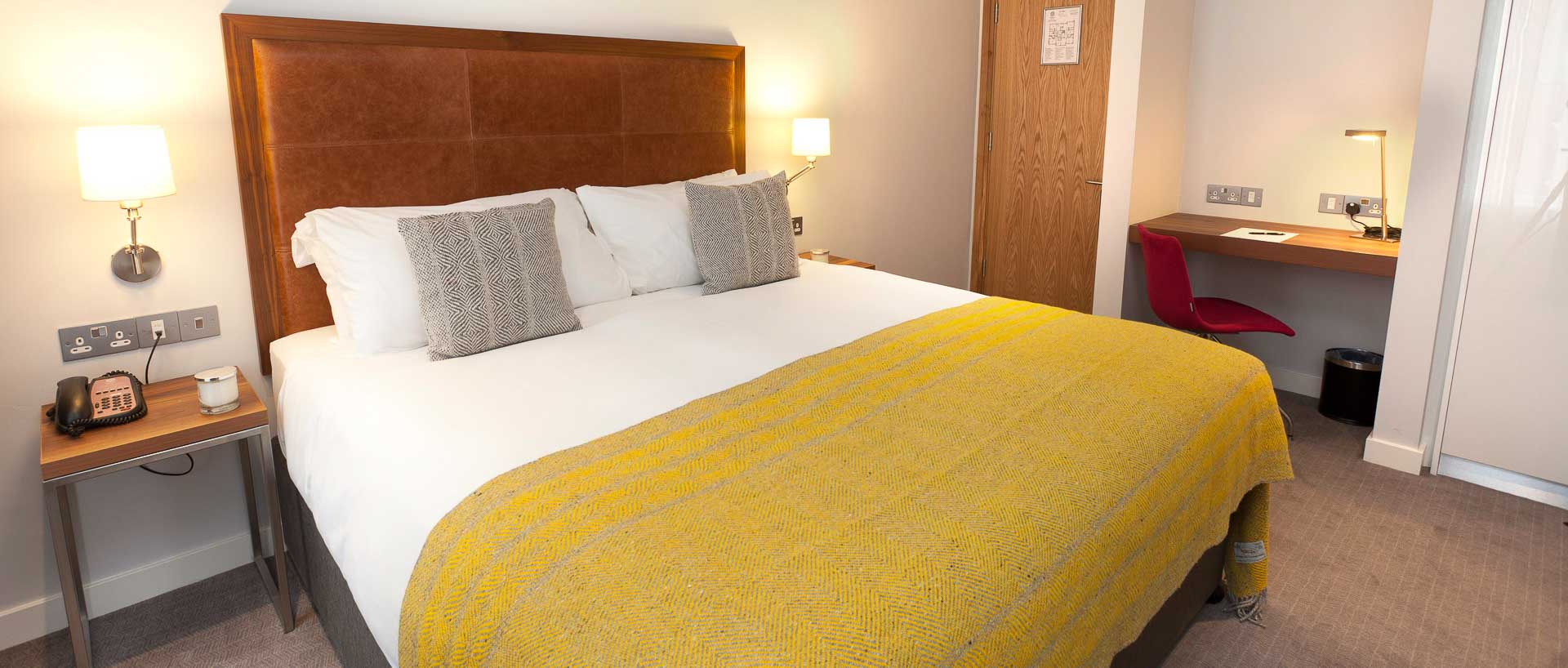 PREMIER SUITES Dublin Ballsbridge executive double room