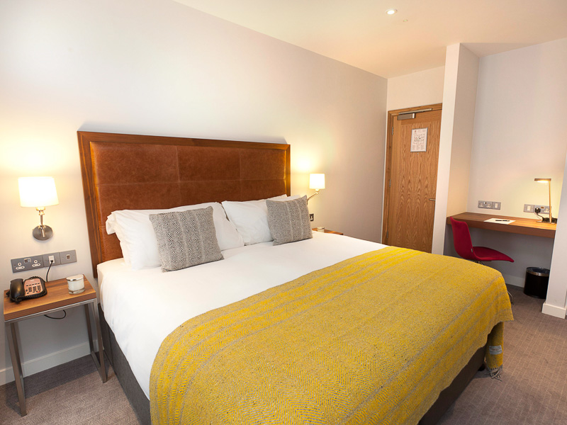 Executive Double bedroom in PREMIER SUITES PLUS Dublin Ballsbridge